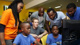Mark Zuckerberg en visite surprise au Nigéria