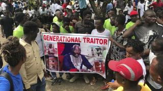 Protestations contre Weah