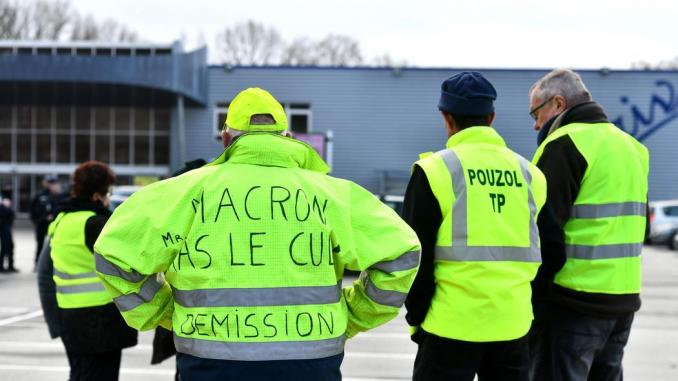 Egypte: interdiction de la vente des gilets jaunes